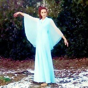 Vintage 1970s Chifan Bellsleeve Gown